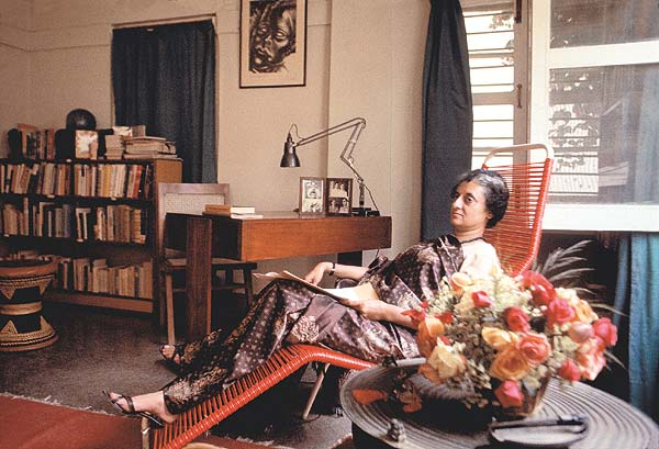 indira_gandhi_drawing_room_600_20070820